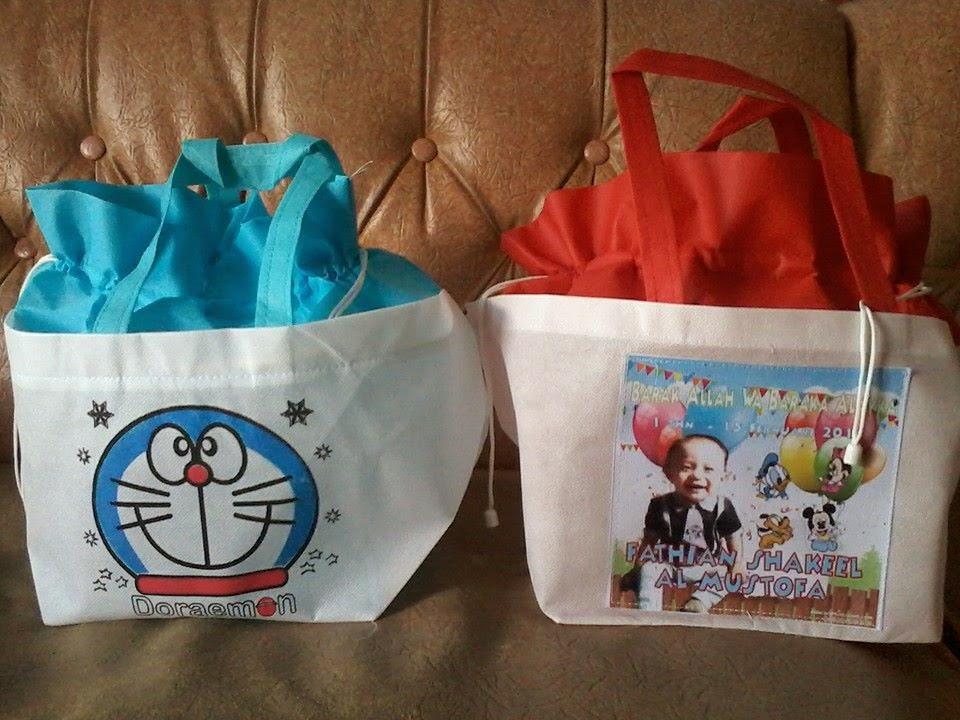 Tas Ulang Tahun Doraemon Serut Pakai Foto
