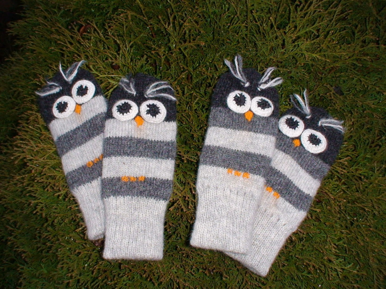 Knitting By Post Owl : Anucraft knitted owl mitts