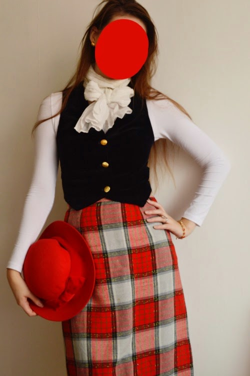 dandy, quaintrelle, empire, british, english, tartan, checkered, velvet, vest, gold button, skirt, wool, black, red, white, Tonak, Vestiva, secondhand, vintage