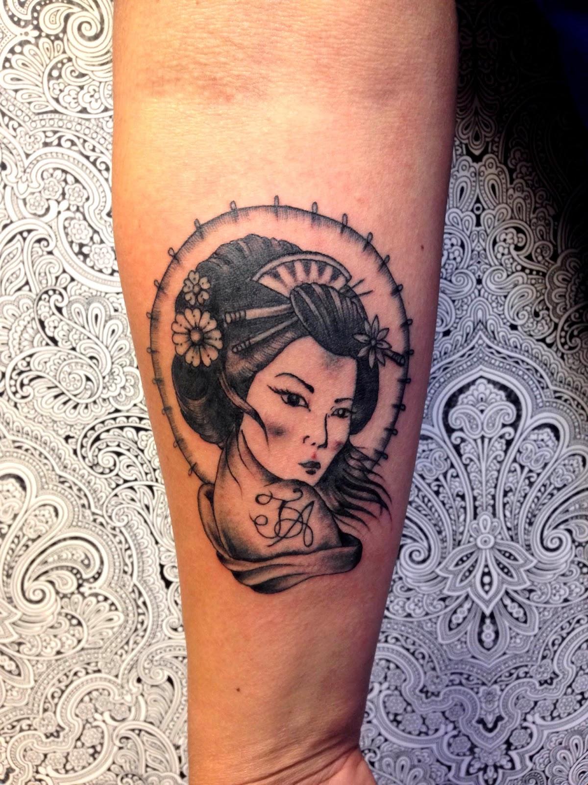 Tatuaggeria da margot liv geisha significato e for Disegni tradizionali giapponesi