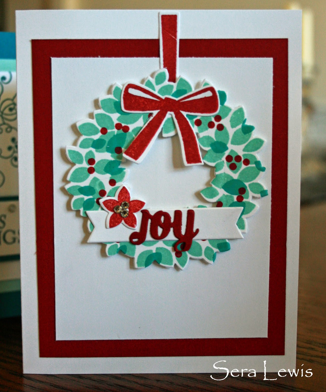 Christmas card uses Stampin' Up! Wondrous Wreath stamp set and Wonderful Wreath framelits