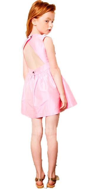 vestido niña con espalda al aire