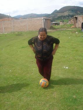 Mi Mami muy futbolista!!!!!!!!