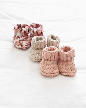 Crochet Patterns Using Sweet Roll Yarn : ... Julias Patterns: Free Patterns - 30 Baby Booties to Knit - Crochet
