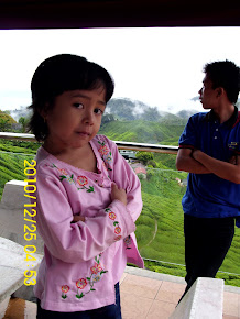 ADIK girl.. =P