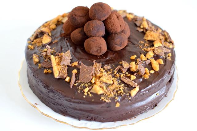 Chocolate honeycomb truffle cake recipe
