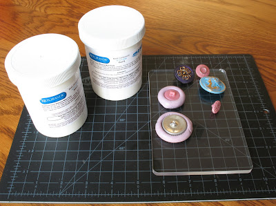 using Cold Mold: molds of vintage buttons
