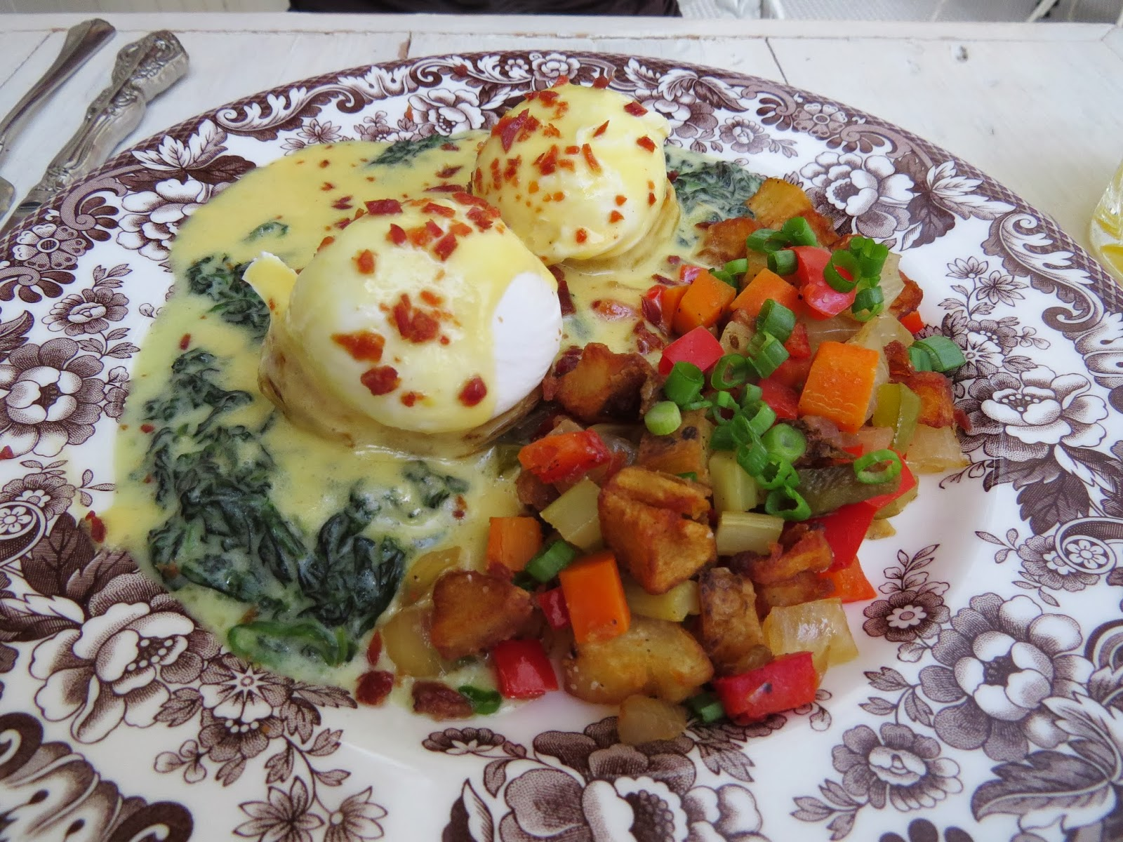 Oh So Tasty: Brunch at Sissy\'s Southern Kitchen ~ Oh So Cynthia
