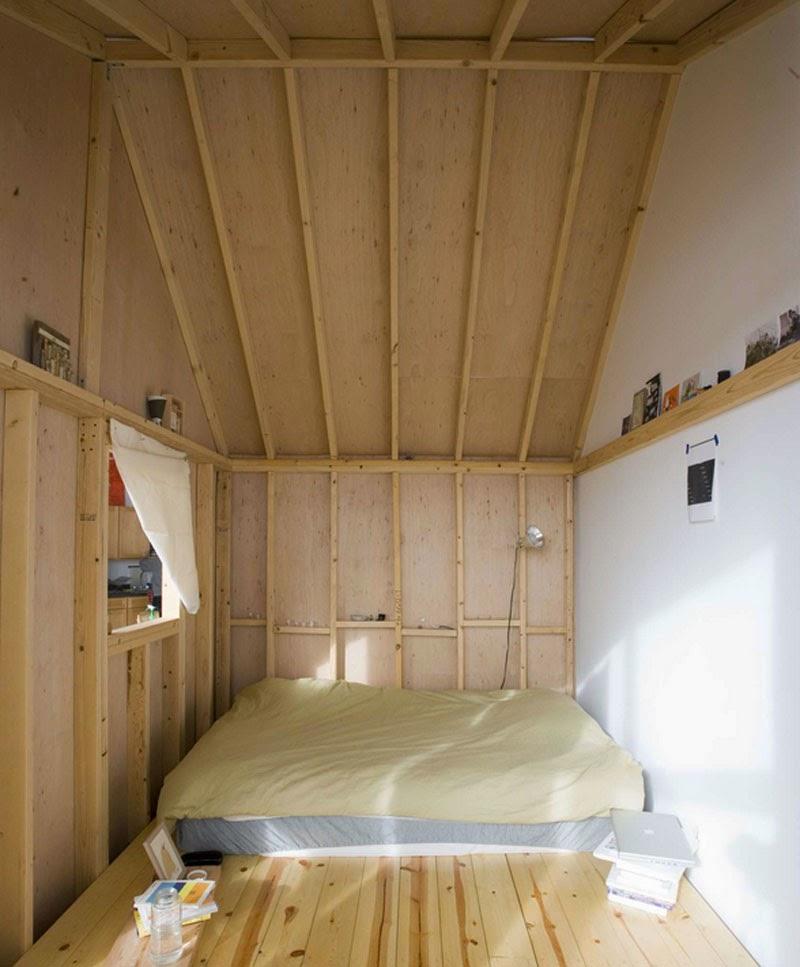 A cabin in a loft de terri chiao una caba a de madera - Fotos de casas de madera por dentro ...