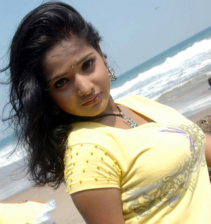 Roja devi Spicy glamour images