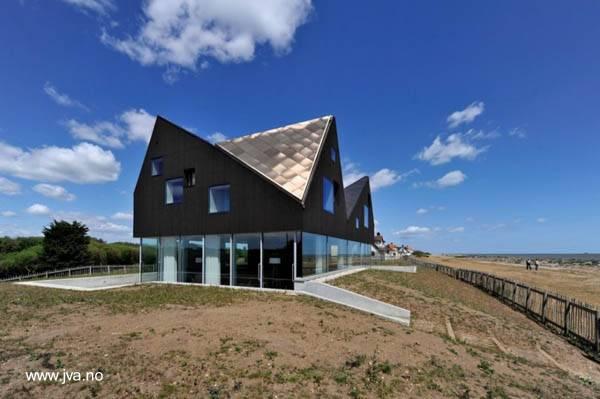 Casa noruega de estilo Contemporáneo en Noruega