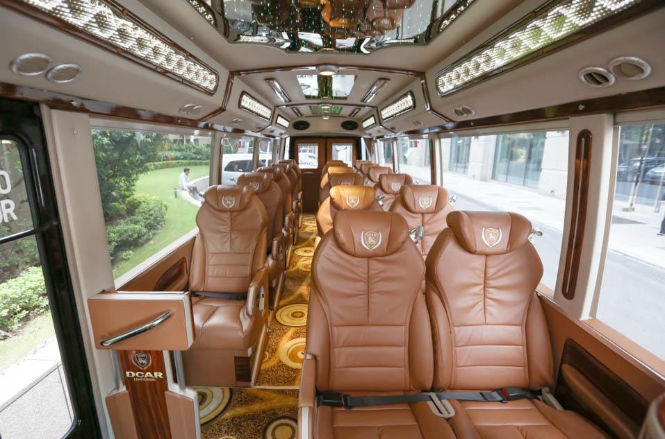 Limousine Bus Sapa