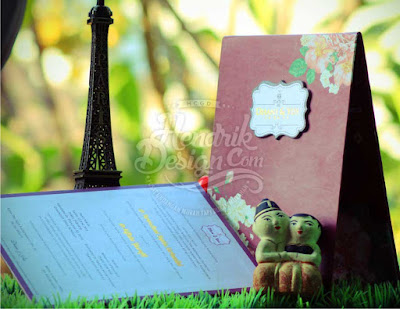 Contoh Undangan Pernikahan Hardcover Dr. Dhani & Yus Boyolali (HCGD-33)