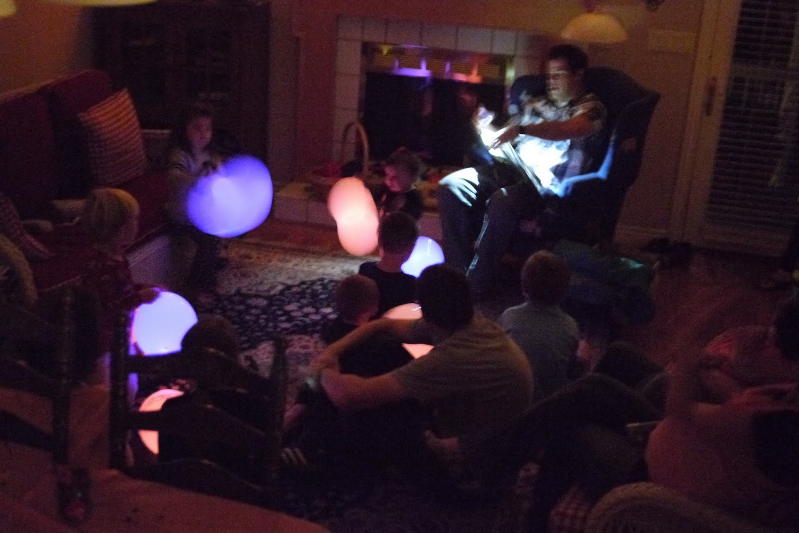 Balloons With Glow Sticks in Them Glow-stick Ghost Balloon Scary