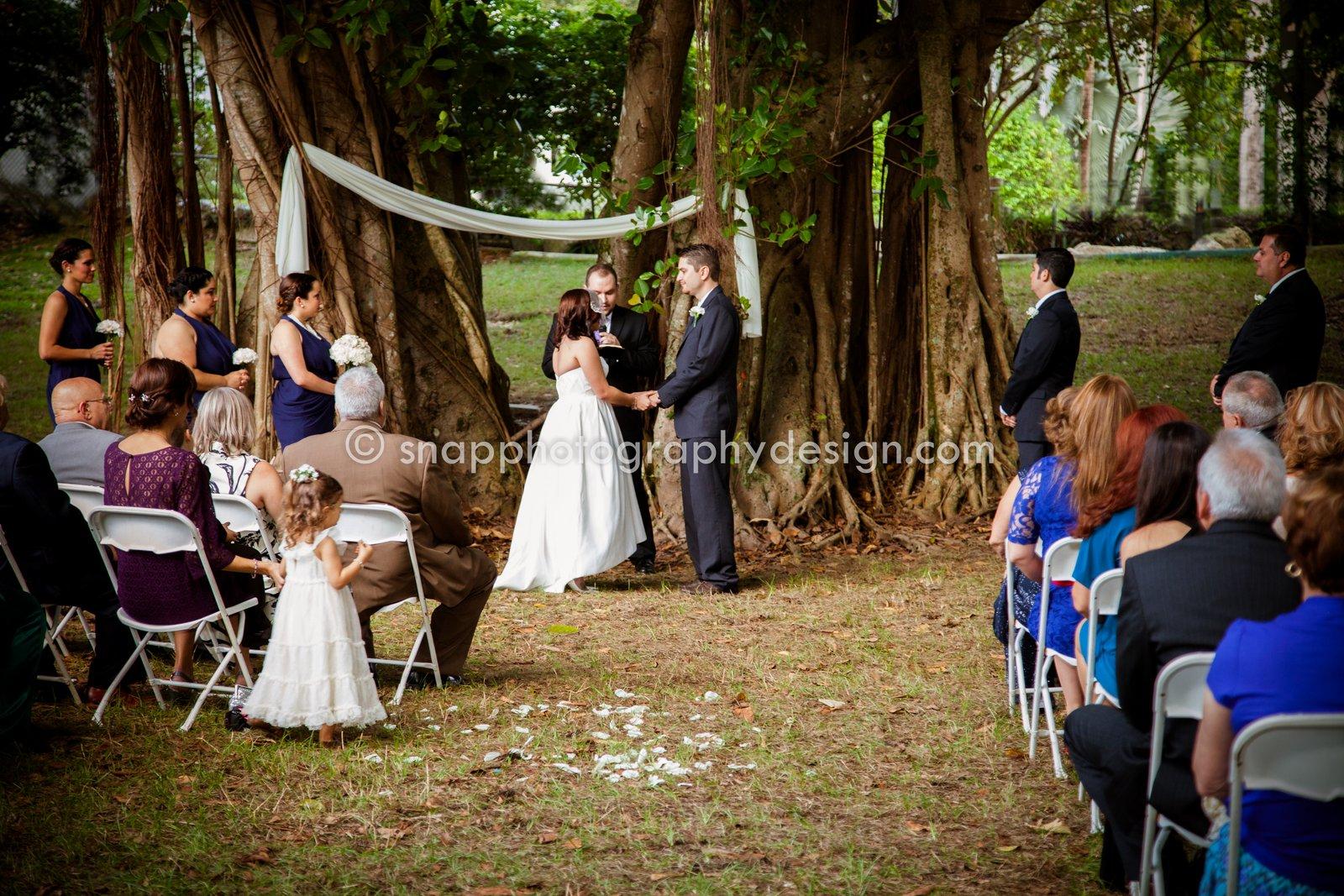 Snap Photography & Design's Blog: Jennifer + Gabriel tie the knot ...