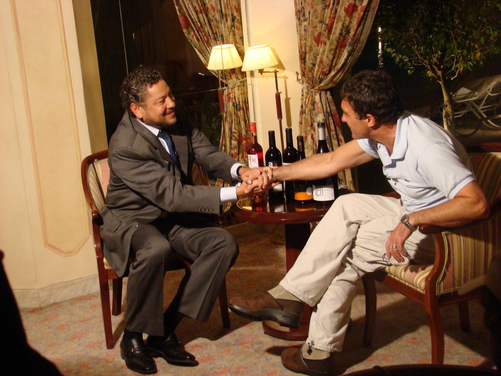 http://3.bp.blogspot.com/-mJ6DpRXfBO0/UPcm6id-3qI/AAAAAAAAD28/q_hjMeU-NpQ/s1600/Entrevista03.JPG