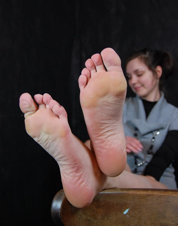 Amateur woman feet sucking youtube bone Both