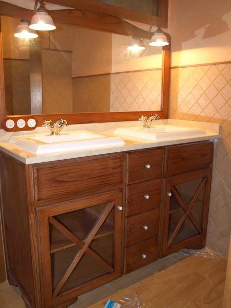 Baños Rusticos Madera:decoración de baños en madera, en vanitory con doble bacha – Modelo
