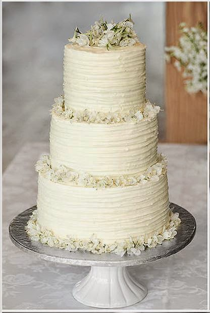 Delanas Cakes Textured Icing Wedding Cake With Fresh Flowers