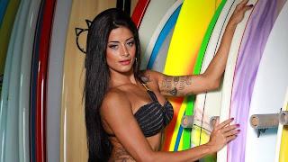 Fotos Aline Riscado - Dançarina do Faustão 5