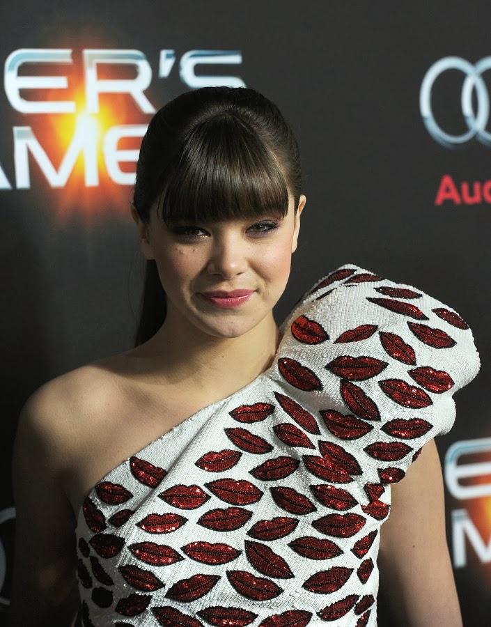 Hailee Steinfeld wears Saint Laurent for the Ender's Game ...