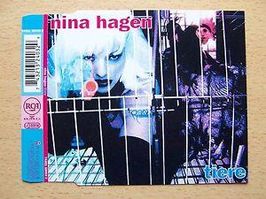 """Η Nina Hagen  και η Lene Lovich στο τραγούδι """"don't kill the animals """". (Δεκαετία 80΄!!)"""