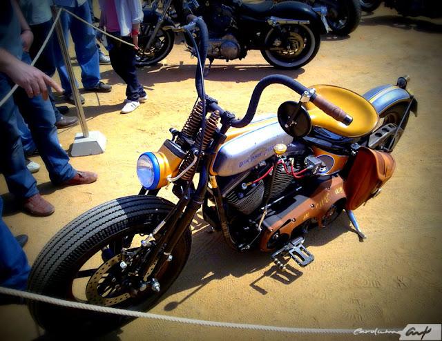 moto-tres-carolum