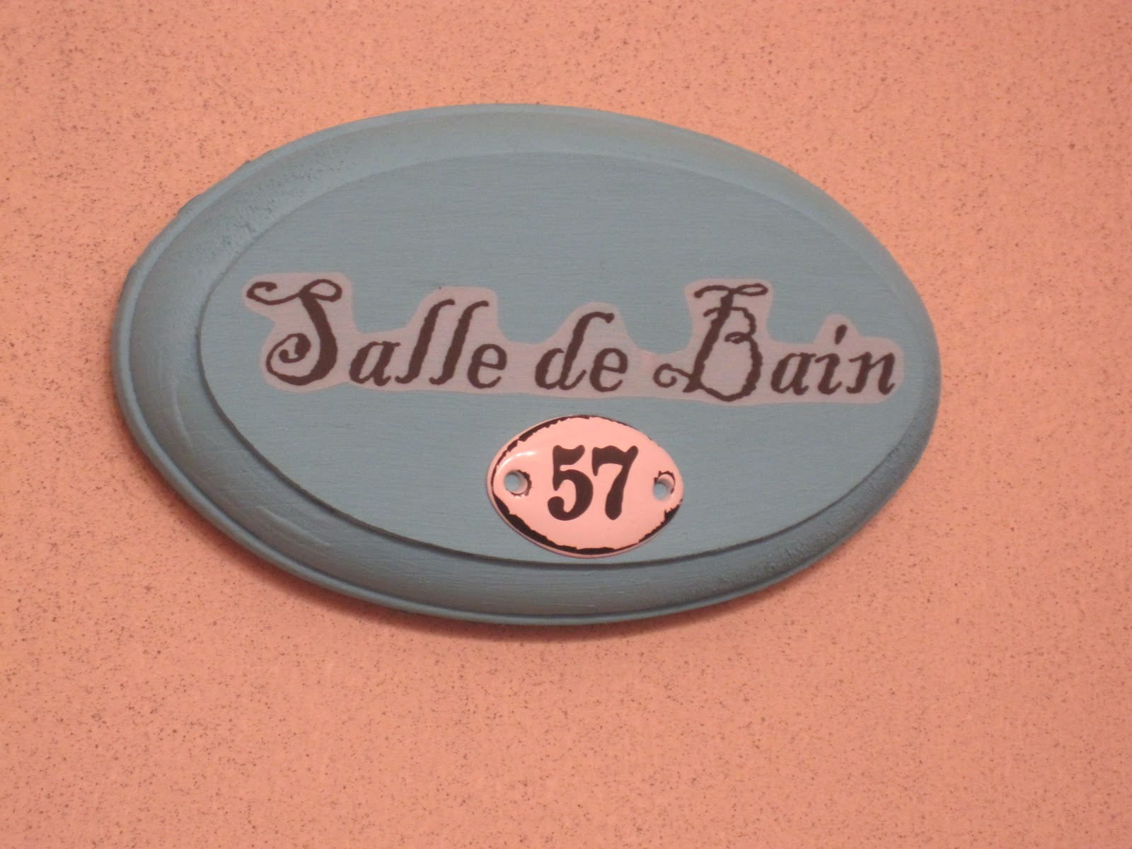 Petite salle de bain bathroom sign okio b designs for Salle de bain door sign