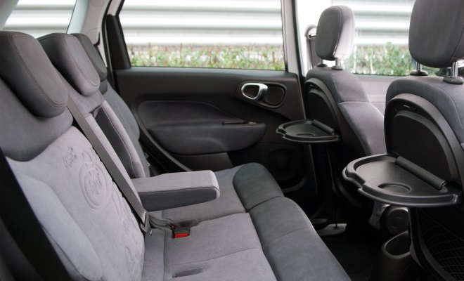 Fiat 500L rear interior