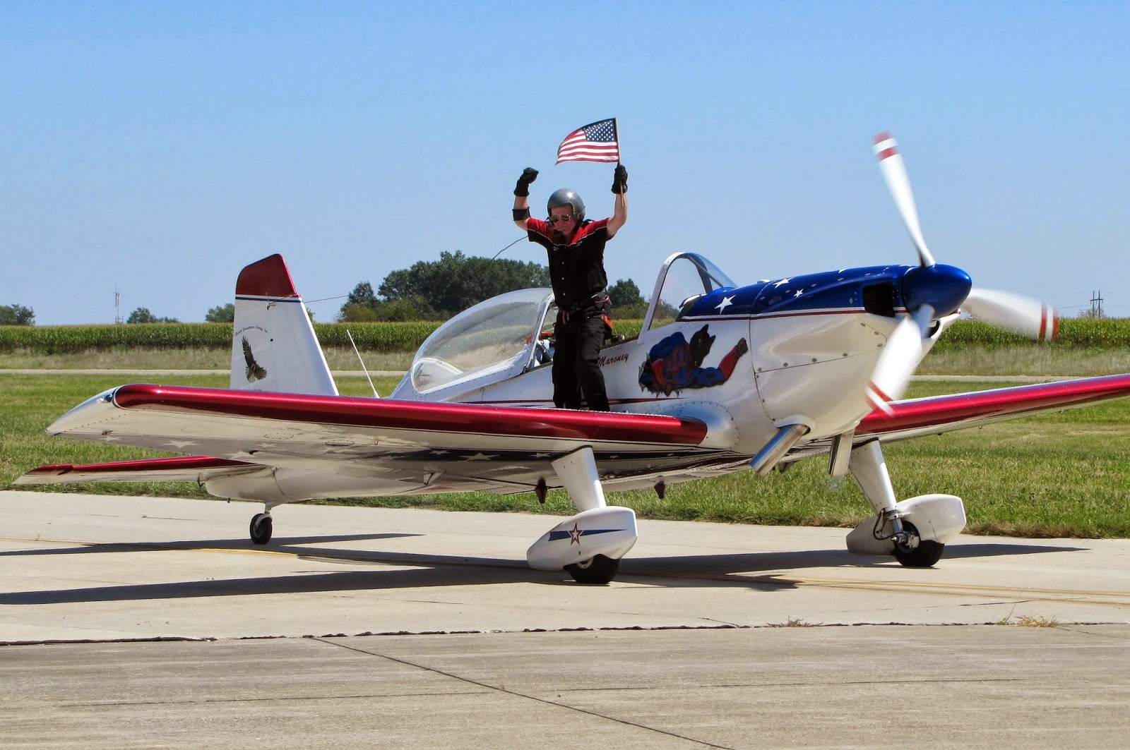 http://aeroexperience.blogspot.com/2014/03/aviation-community-and-airshow-fans.html