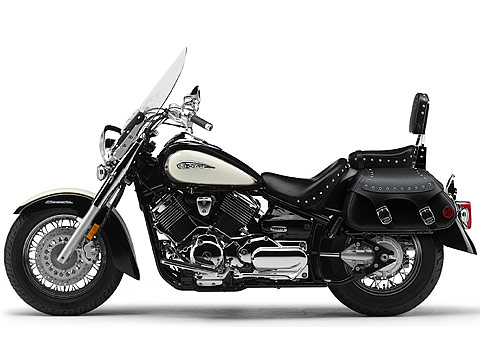 YAMAHA PICTURES. 2011 YAMAHA V-Star 1100 Silverado motorcycle picture 1, 480 x 360 pixels