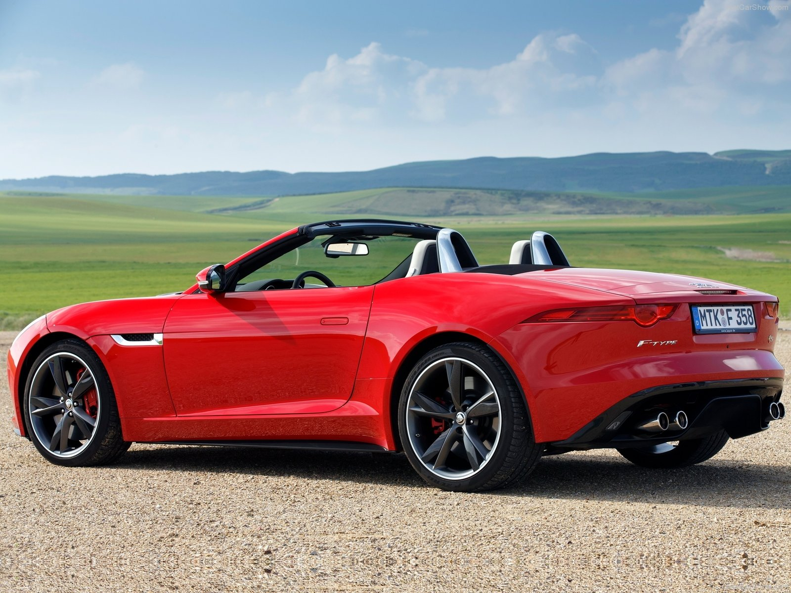 2014 jaguar f type v8 s review spec release date picture and price cargers. Black Bedroom Furniture Sets. Home Design Ideas