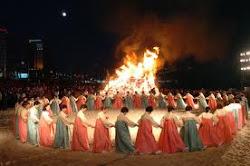 GANGGANGSULLAE (MAIDENS' ROUND DANCE)  강강술래 重要無形文化財  8號