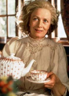 These charming ladies ... Retour-a-howards-end-1992-01-g