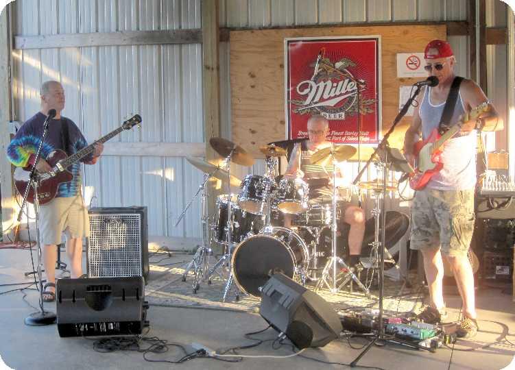 2015-07-18 at Brackett Bar