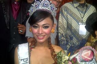 "Putri Indonesia 2013 ""Whulandary Herman Putri"""