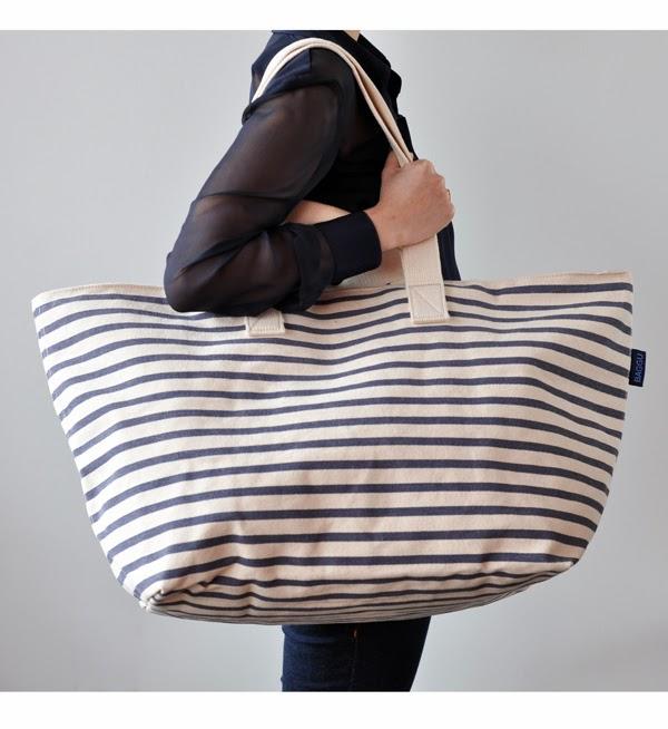laws of general economy: [SOLD] Baggu Weekend Bag in Sailor Stripe