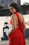 Surveen Chawla Hot Photos-thumbnail-7