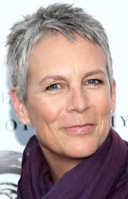 kapsels voor grijs haar 2015 - Granny hair is dé trend Grijze haarkleuren gaan viraal