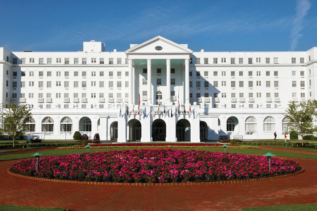 The Greenbrier Resort Of White Sulphur Springs West Virginia Was Built In 1913 And Has Hosted 26 Presidents Countless Vips From Nearby Washington