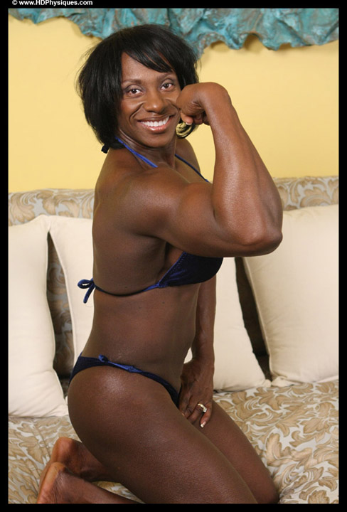 Shelly Fields Female Muscle Bodybuilder Blog