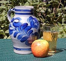 GERMAN APPLE WINE SET