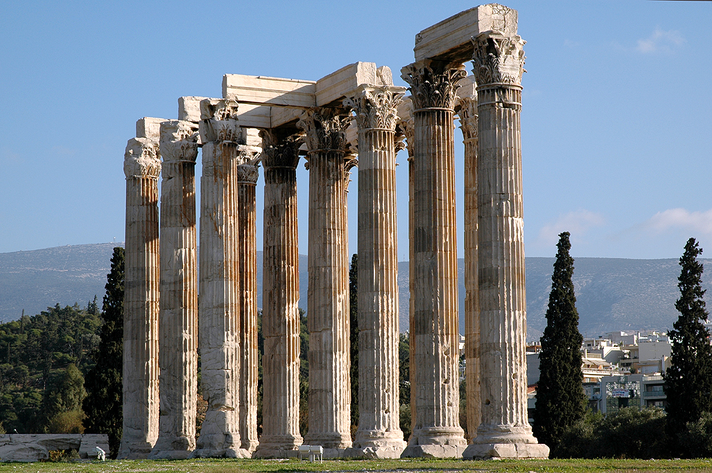 The Temple Of Zeus Ruins Athens Demonstrates The Ancient
