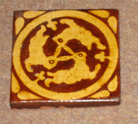 Three hares tile