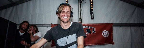 Michel De Hey – Hey Muzik Podcast 221 (Without Fankie Knuckles) – 10-04-2014