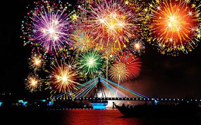 Chúc mừng năm mới 2016 với việc trang trí pháo hoa cho Blogger
