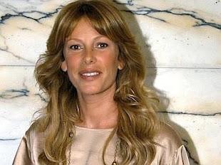 Alessia Marcuzzi, conduttrice allegra e simpatica