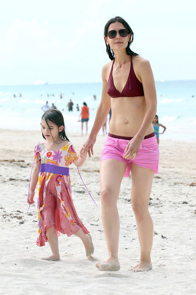Spotted: Katie Holmes and Suri Splash Around at the Beach