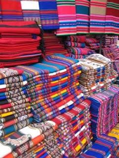 Artesan as con telas de aguayo - Artesanias con telas ...