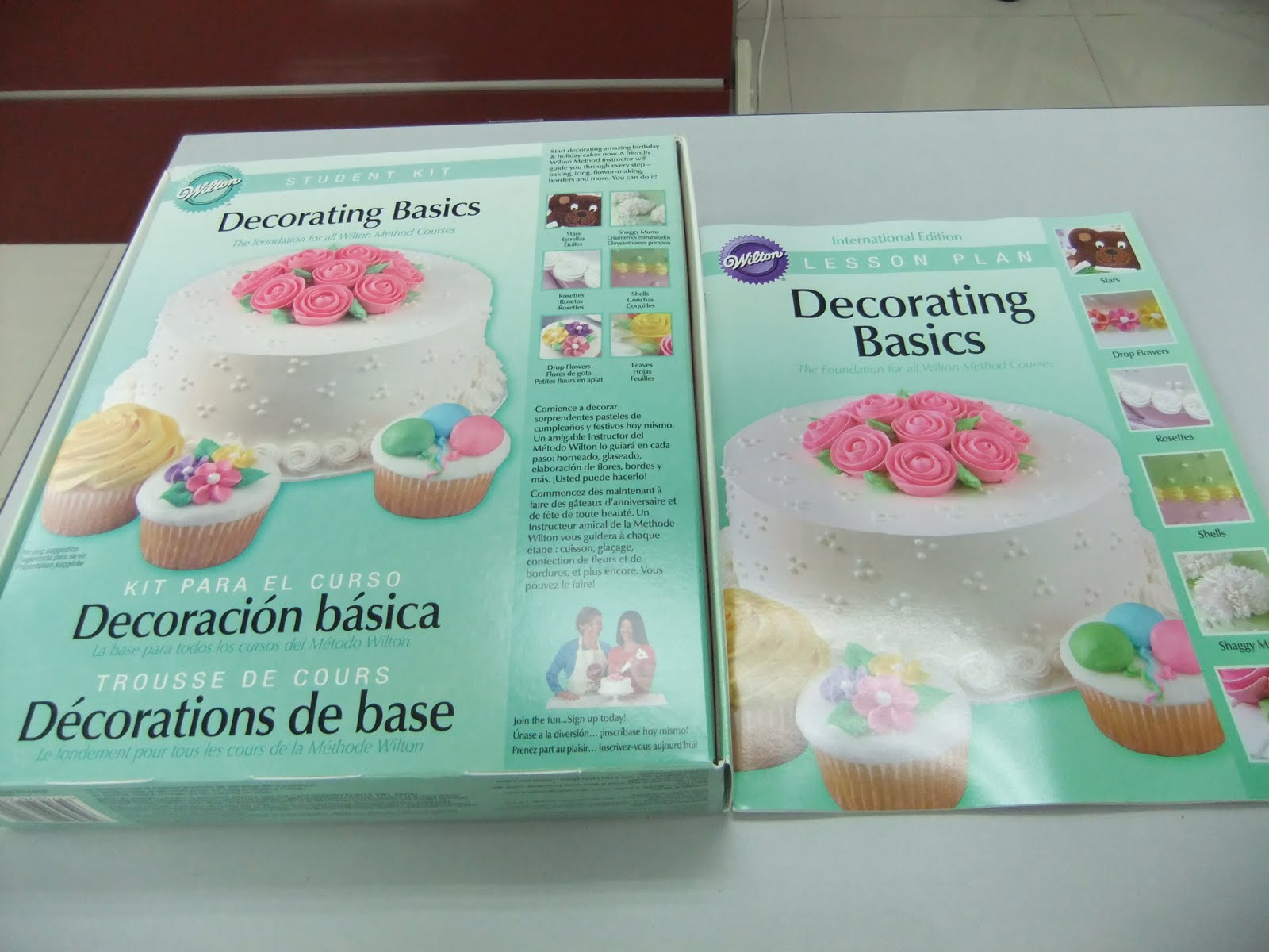 Basic Cake Decorating Kit Wilton : Prayers, Hugs & Diapers: Wilton Method Cake Decorating ...